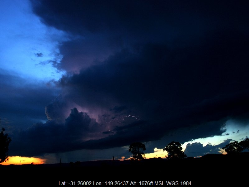 20051125jd43_lightning_bolts_coonabarabran_nsw