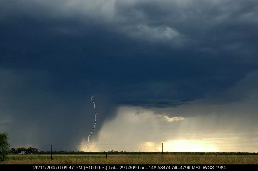 20051126mb40_lightning_bolts_collarenabri_nsw