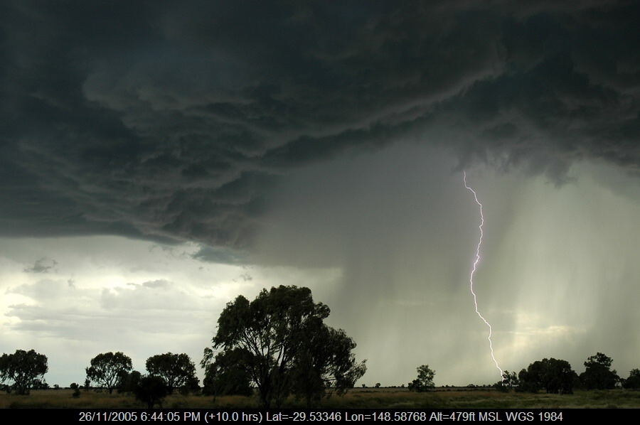 20051126mb58_lightning_bolts_collarenabri_nsw