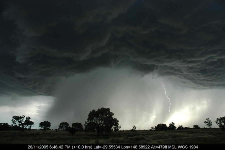 20051126mb62_lightning_bolts_collarenabri_nsw