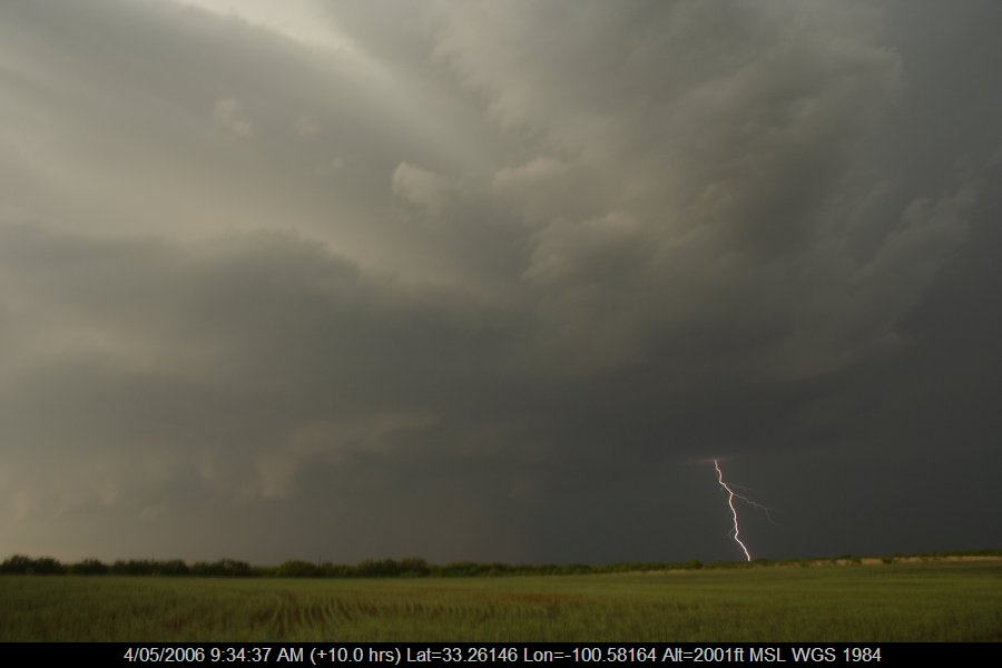20060503jd23_lightning_bolts_jayton_texas_usa