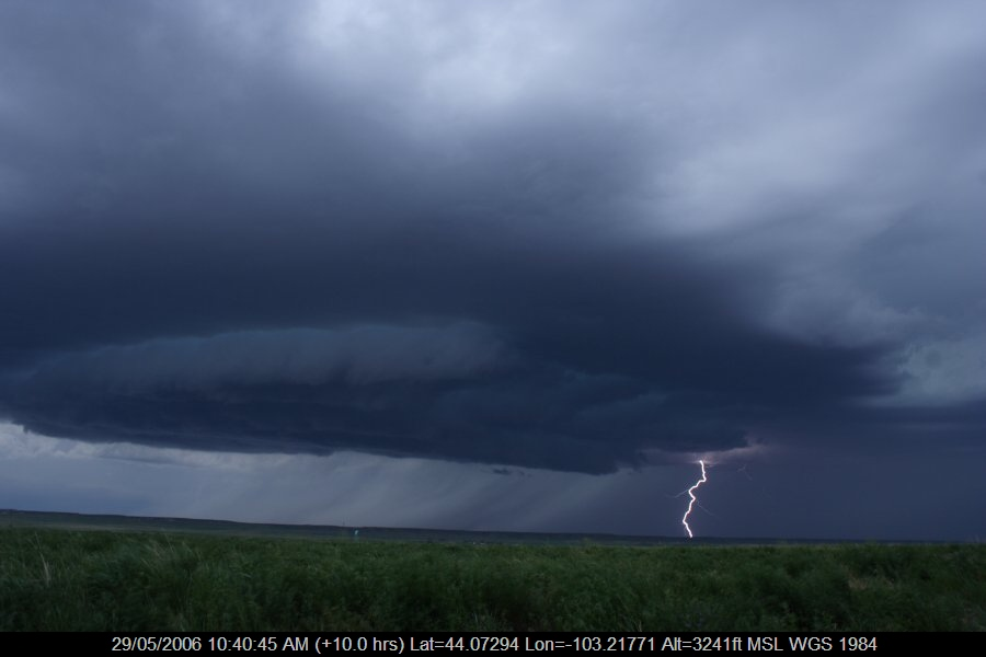 20060528jd04_lightning_bolts_near_rapid_city_south_dakota_usa