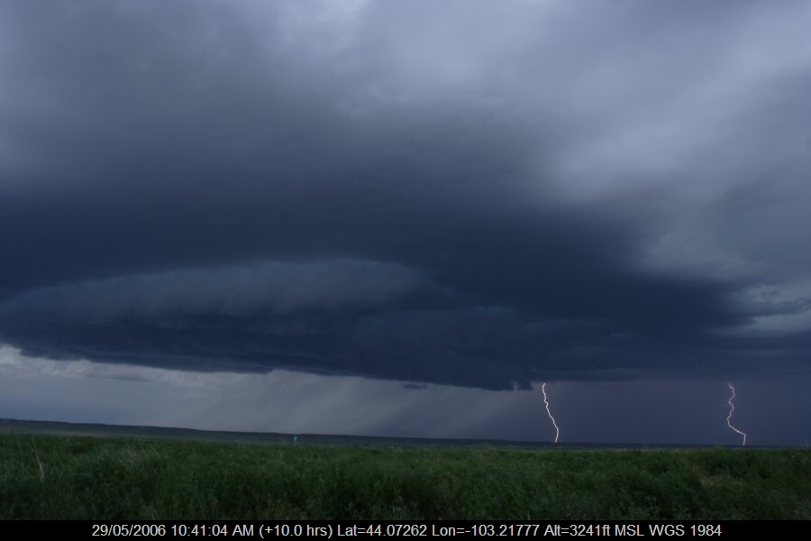 20060528jd05_lightning_bolts_near_rapid_city_south_dakota_usa