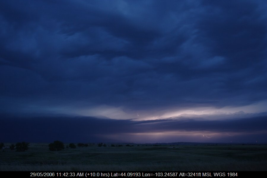 20060528jd19_lightning_bolts_near_rapid_city_south_dakota_usa