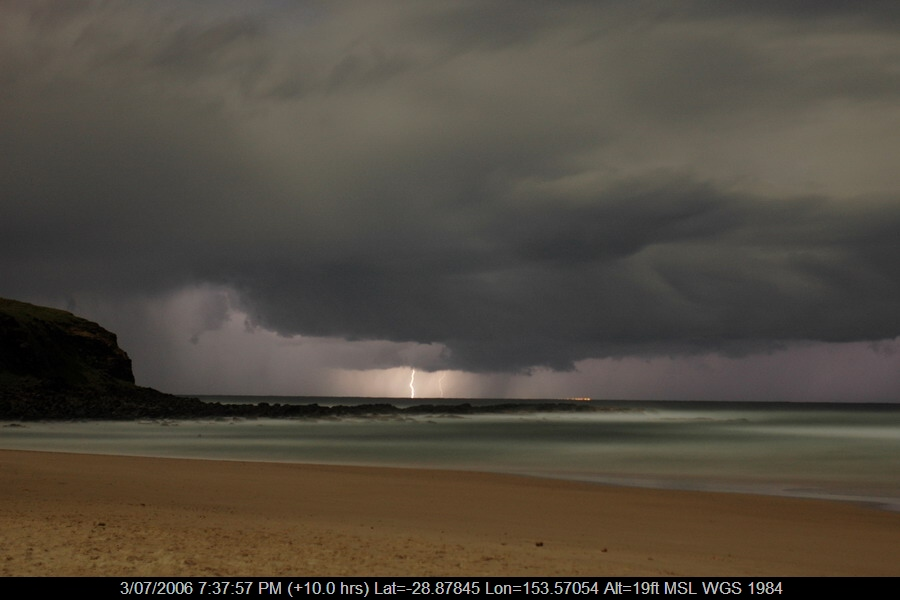 20060703mb19_lightning_bolts_ballina_nsw