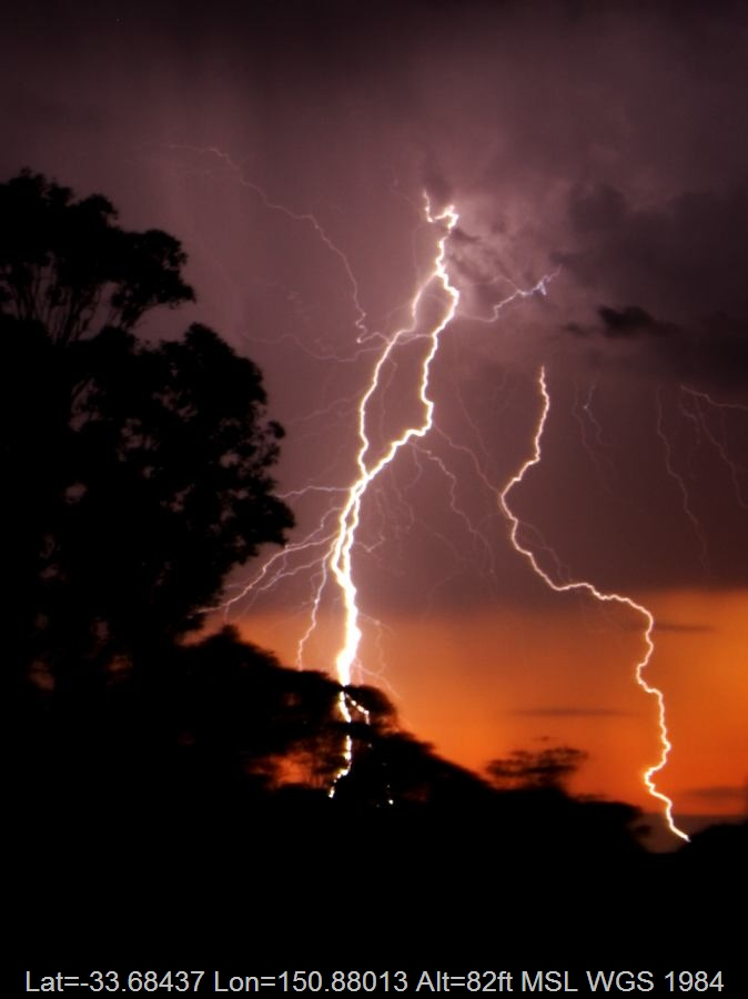 20061110jd05_lightning_bolts_schofields_nsw