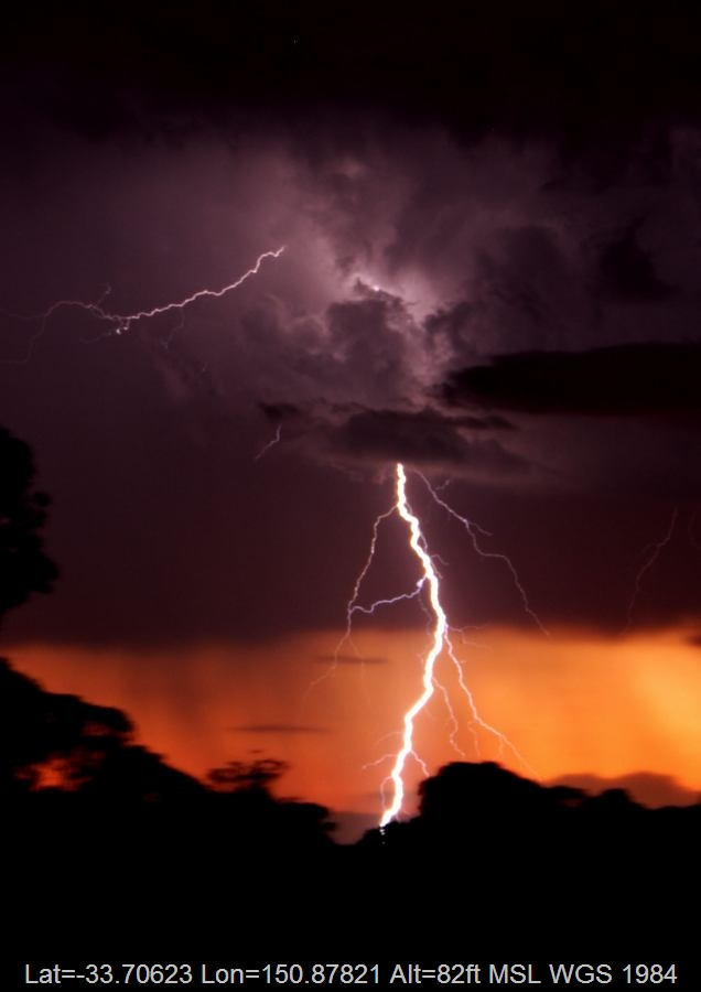 20061110jd06_lightning_bolts_schofields_nsw