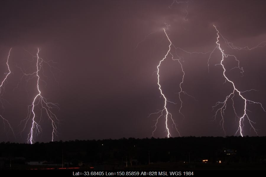 20061211jd17_lightning_bolts_schofields_nsw