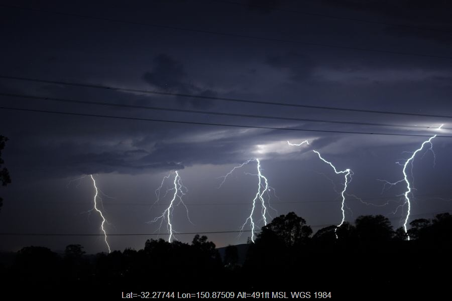 20070112jd50_lightning_bolts_e_of_muswellbrook_nsw