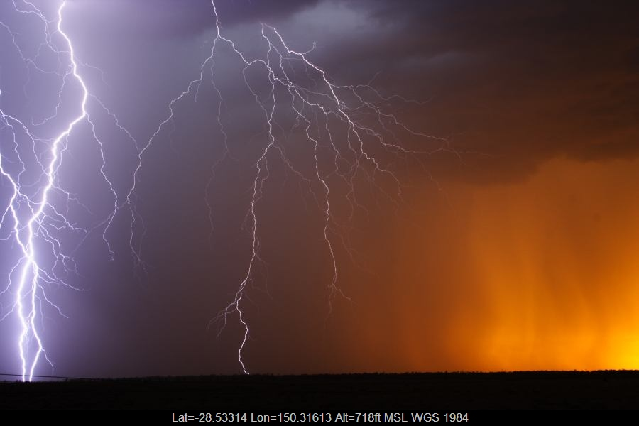 20070114jd31_lightning_bolts_40km_n_of_goondiwindi_qld