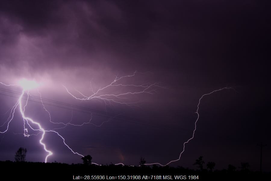 20070114jd36_lightning_bolts_20km_n_of_goondiwindi_qld