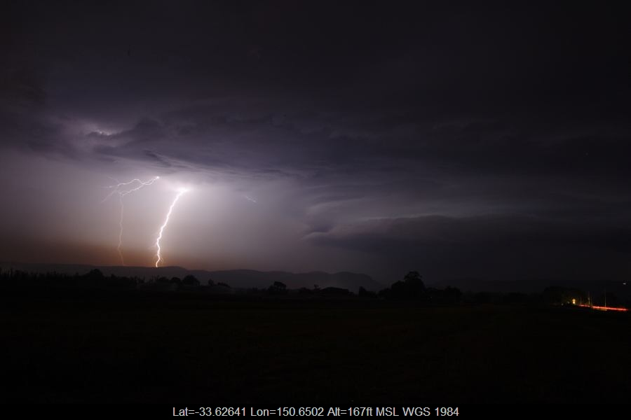 20070123jd33_lightning_bolts_near_yurramundi_nsw