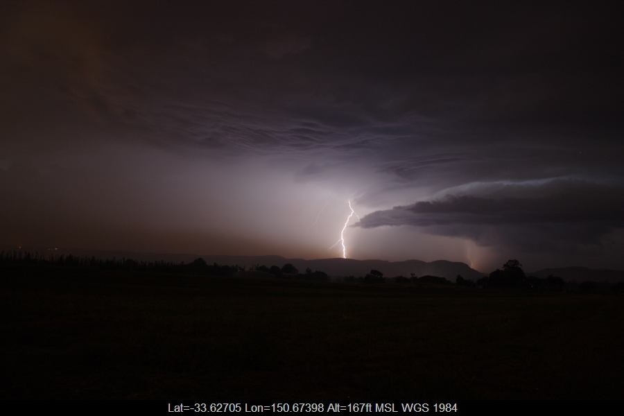 20070123jd35_lightning_bolts_near_yurramundi_nsw