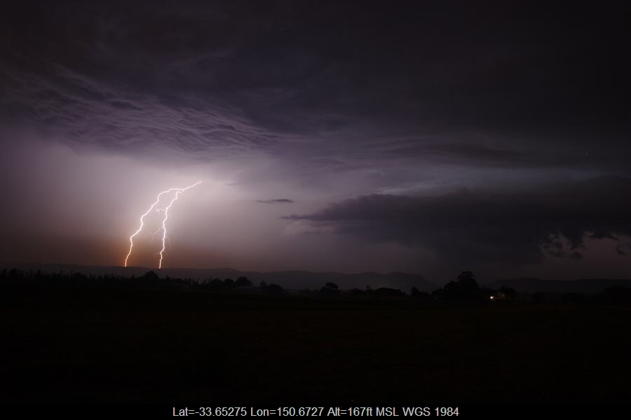 20070123jd37_lightning_bolts_near_yurramundi_nsw