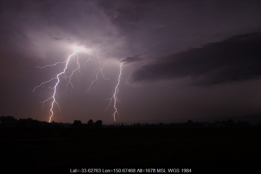 20070123jd43_lightning_bolts_near_yurramundi_nsw