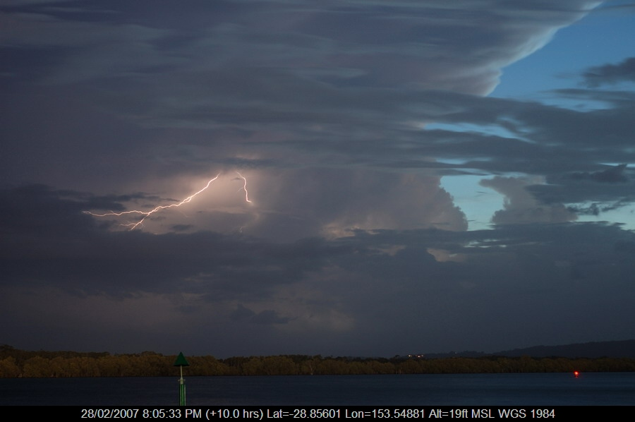 20070228mb13_lightning_bolts_ballina_nsw