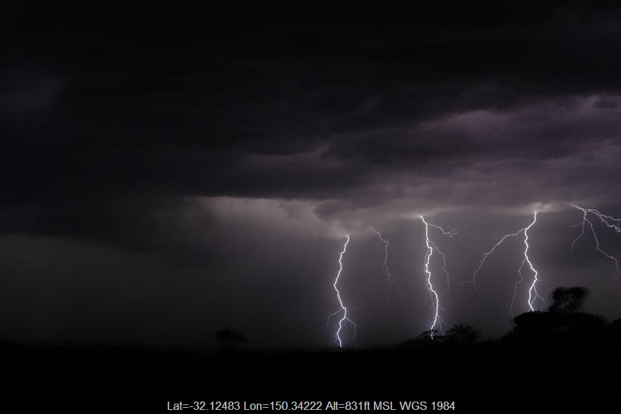 20070304jd54_lightning_bolts_merriwa_nsw