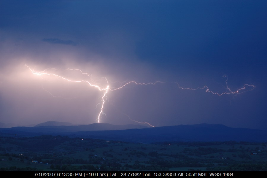 20071007mb28_lightning_bolts_mcleans_ridges_nsw