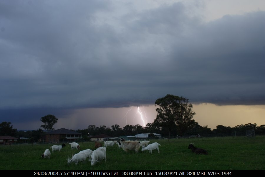 20080324jd22_lightning_bolts_schofields_nsw