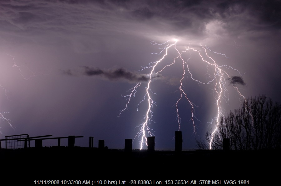 20080921mb77_lightning_bolts_tregeagle_nsw