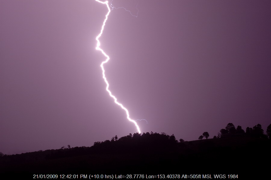 20090101mb49_lightning_bolts_mcleans_ridges_nsw