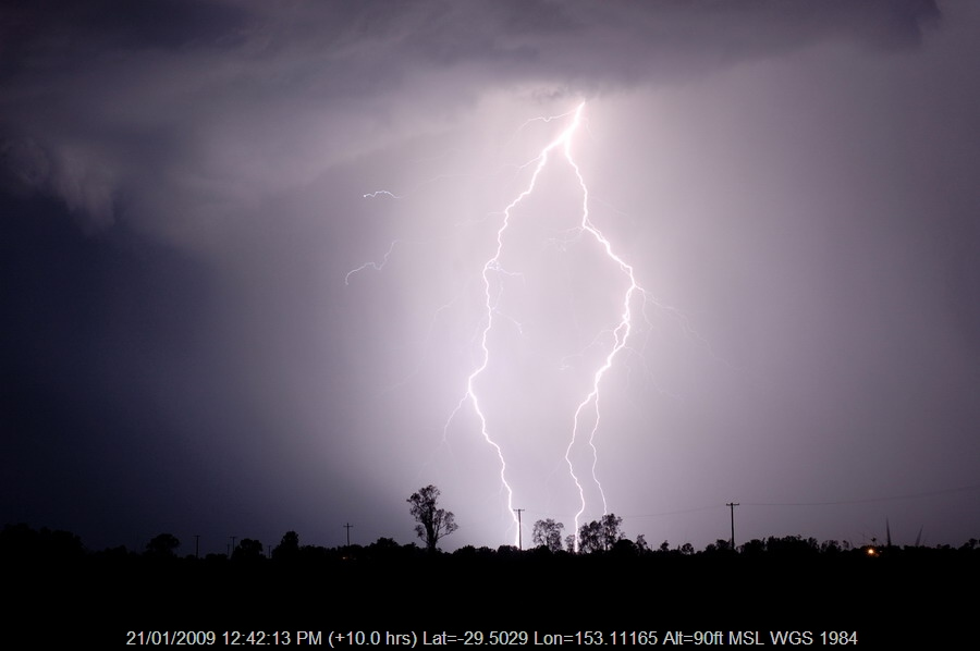 20090116mb70_lightning_bolts_lawrence_nsw