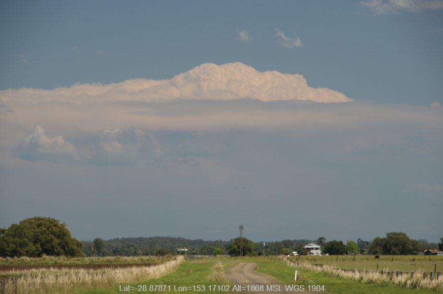20081021mb02_overshooting_top_mckees_hill_nsw