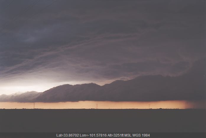 20020604jd05_thunderstorm_base_near_allmon_e_of_petersburg_texas_usa