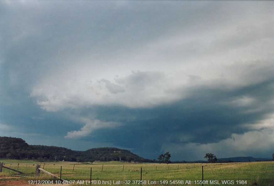 20041024jd04_thunderstorm_base_30km_e_of_gulgong_nsw