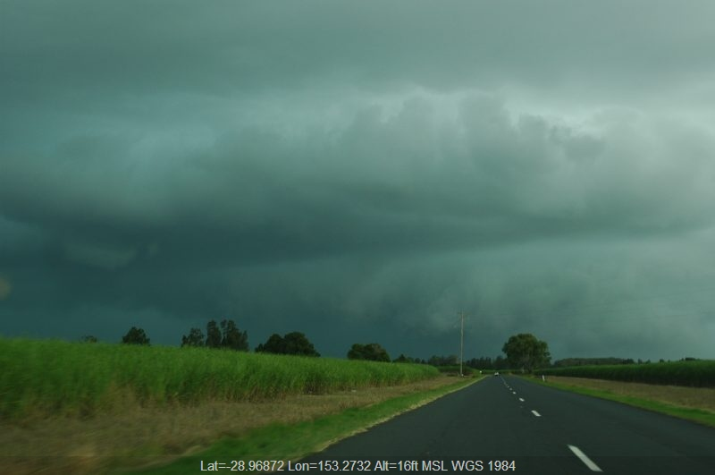 20050326mb05_thunderstorm_base_near_coraki_nsw