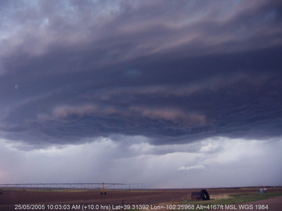 20050524jd06_thunderstorm_base_idalia_n_of_burlington_colorado_usa