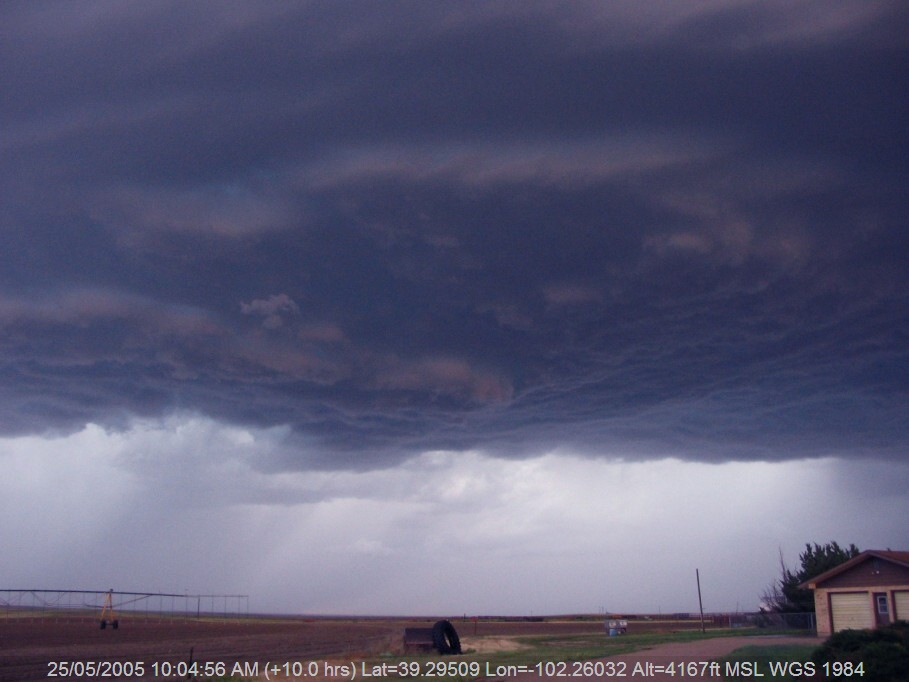 20050524jd08_thunderstorm_base_idalia_n_of_burlington_colorado_usa