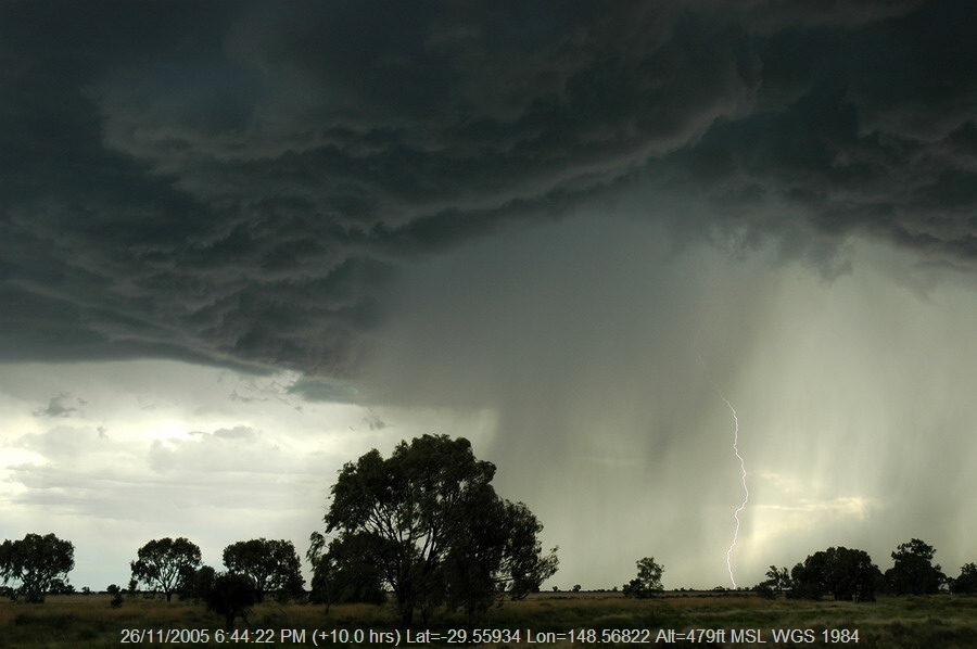 20051126mb59_thunderstorm_base_collarenabri_nsw