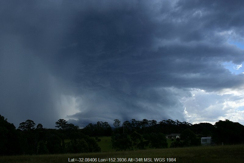 20051217jd18_thunderstorm_base_near_nabiac_nsw