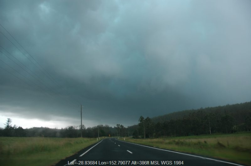 20060106mb14_thunderstorm_base_mummulgum_nsw
