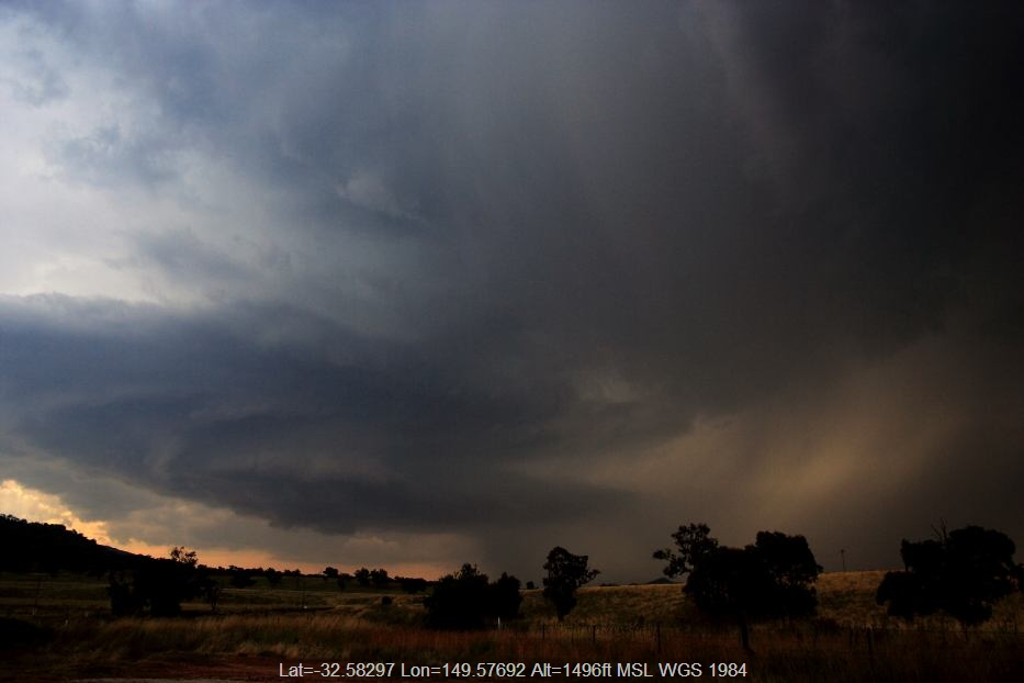 20060124jd06_thunderstorm_base_near_mudgee_nsw