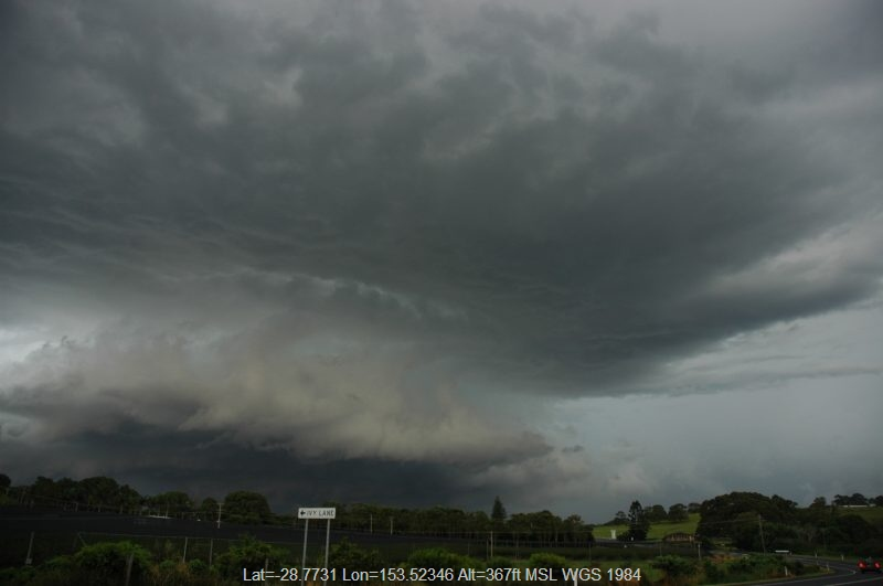 20060404mb69_thunderstorm_base_knockrow_nsw