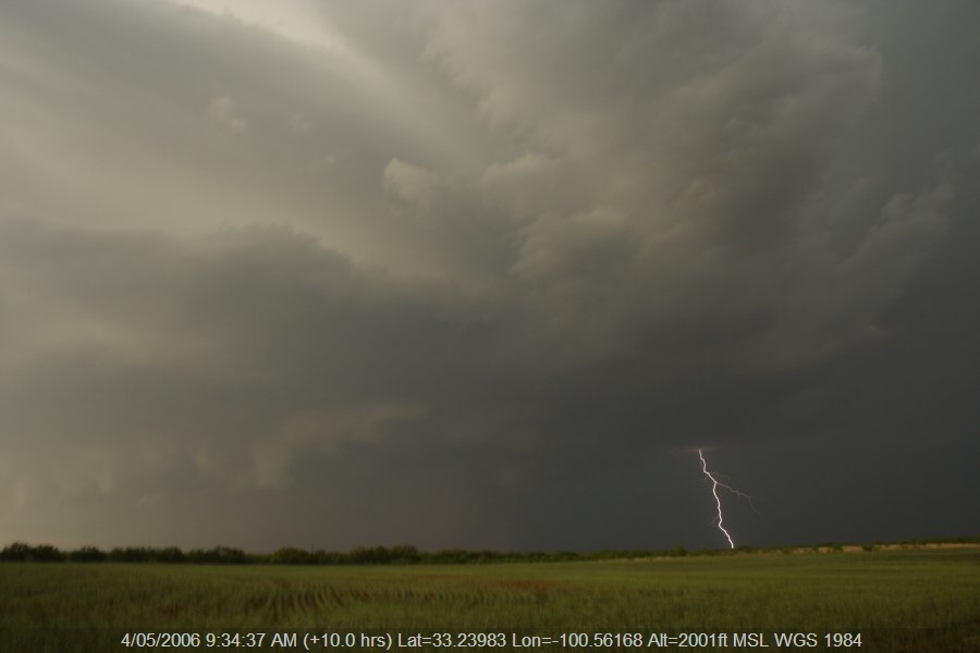 20060503jd23_thunderstorm_base_jayton_texas_usa
