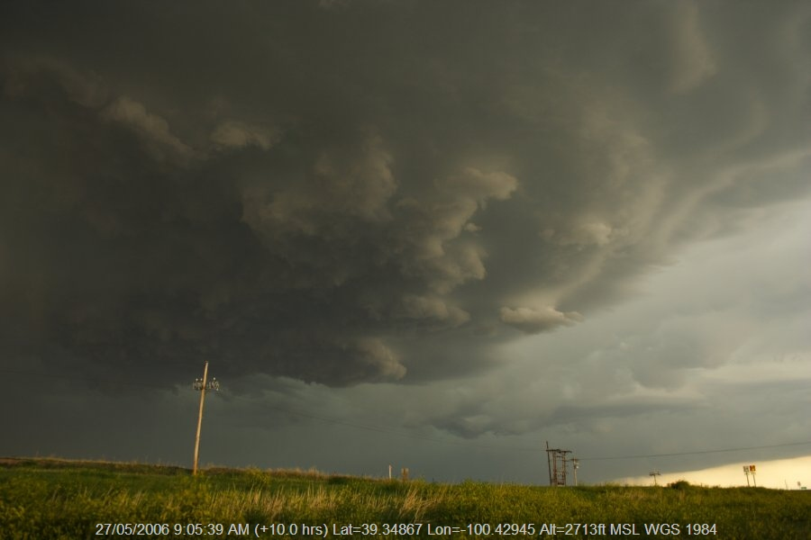 20060526jd26_thunderstorm_base_sw_of_hoxie_kansas_usa