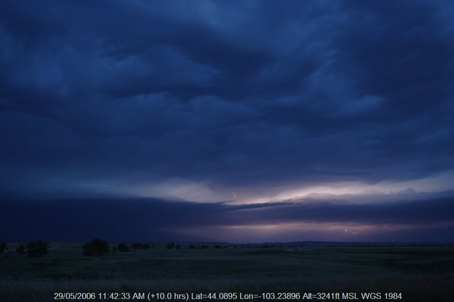 20060528jd19_thunderstorm_base_near_rapid_city_south_dakota_usa