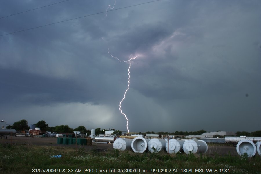 20060530jd31_thunderstorm_base_near_sayre_oklahoma_usa