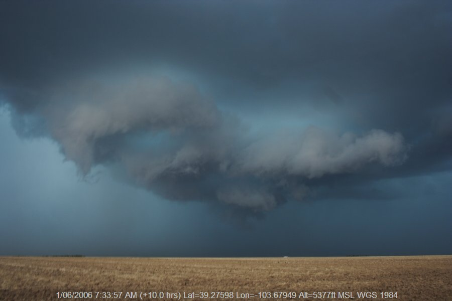 20060531jd26_thunderstorm_base_e_of_limon_colorado_usa