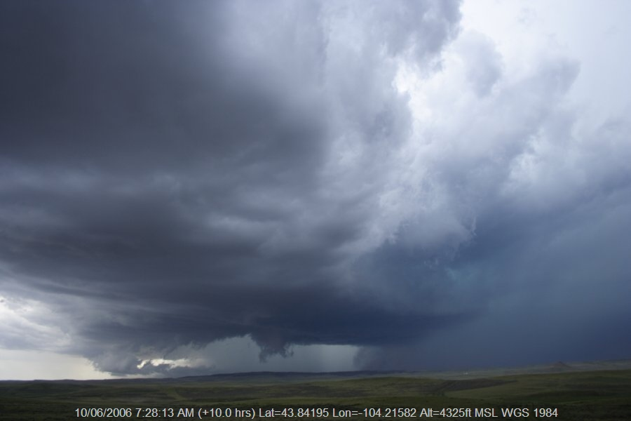 20060609jd41_thunderstorm_base_nw_of_newcastle_wyoming_usa