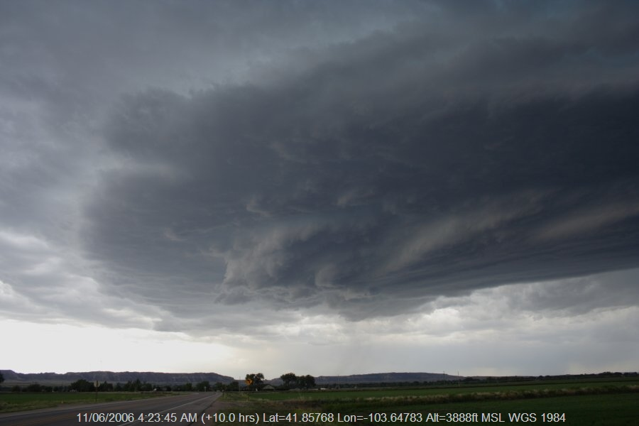 20060610jd34_thunderstorm_base_scottsbluff_nebraska_usa