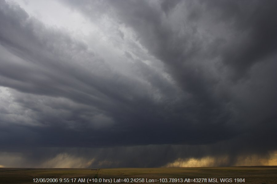 20060611jd12_thunderstorm_base_s_of_fort_morgan_colorado_usa