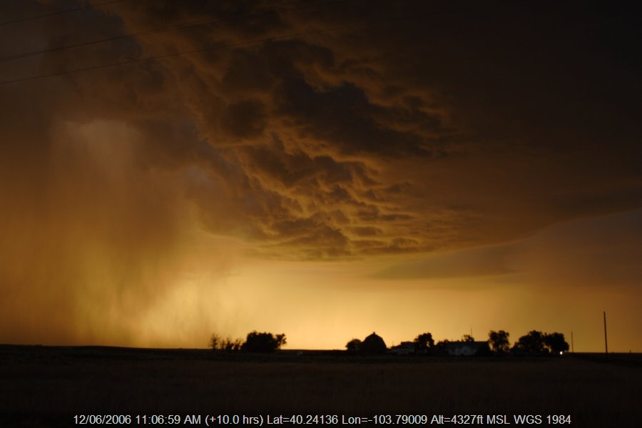 20060611jd34_thunderstorm_base_s_of_fort_morgan_colorado_usa