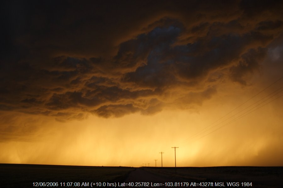 20060611jd36_thunderstorm_base_s_of_fort_morgan_colorado_usa