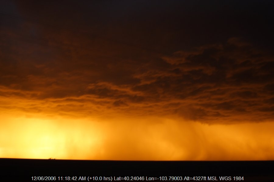 20060611jd39_thunderstorm_base_s_of_fort_morgan_colorado_usa