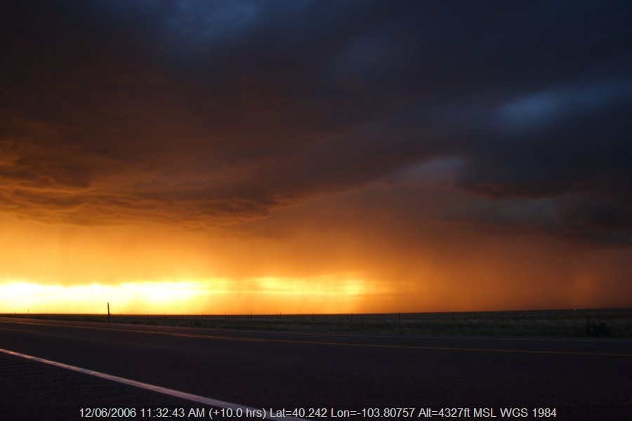 20060611jd48_thunderstorm_base_s_of_fort_morgan_colorado_usa