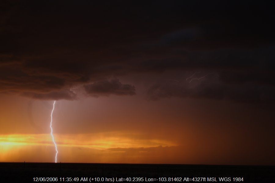 20060611jd55_thunderstorm_base_s_of_fort_morgan_colorado_usa